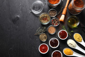 A Serious Foodie Primer on Dry Rubs, Marinades, Brining, and Finishing Sauces: Using Marinades